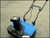 1600 WATT - 20 INCH Bolton Electric Snow Thrower / Snowblower
